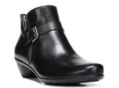 Women's Naturalizer Hitch Bootie - Black