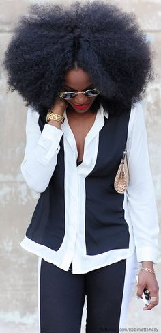 What a glorious fro! Divalocity | Black and White