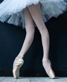 <<Barbara Vikultseva (Vaganova Ballet Academy) # Photo © Darian Volkova>>