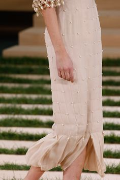 Chanel Spring 2016 Couture Fashion Show Details