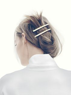What's the Difference Between a Bun and a Chignon? - How to Do a Chignon Bun – Easy Chignon Hair Tutorial - The Trending Hairstyle Cabelo Inspo, Hair Dos, Your Hair, Corte Y Color, Good Hair Day, Cornrows, Looks Cool, Messy Hairstyles, Chignon Hairstyle