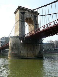 Le pilier du pont Masaryk, sur la Saone à Lyon