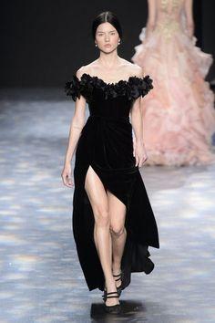 Marchesa: Fashion Week New York 2016