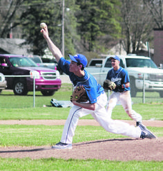 Gladwin Takes Two From Farwell - http://tribunejuice.com/gladwin-takes-two-from-farwell/