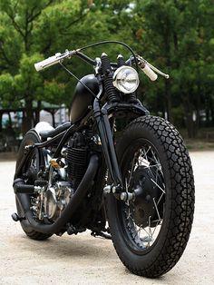 Indian Motorcycles, Triumph Motorcycles, Cool Motorcycles, Harley Bobber, Harley Bikes, Bobber Motorcycle, Bobber Chopper, Ducati, Yamaha Sr400