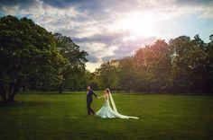 Stunning!!! Kurz vor Sonnenuntergang ist die Sonne hinter den Wolken hervorgekommen :) juhuuuu mehr unter http://ift.tt/1lX56G6 #hochzeitsfotograf #hochzeit #hochzeitsfotografie #hochzeitskleid #hochzeit2016 #hochzeitsblog #hochzeitsfotos #wedding #weedingphotography #weddingphotographer #weddingplanner #weddings #weddinginspiration #weddingideas