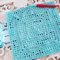 Blue Sky Cardi – ByKaterina cardigan circular graficos a parte Crochet Bolero, Pull Crochet, Crochet Cardigan Pattern, Crochet Jacket, Crochet Motif, Free Crochet, Knit Crochet, Crochet Toddler, Crochet Girls