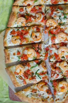 Friday is pizza night in the Xtrema Kitchen. May have to try 1 of these TOP 10 Homemade PIZZA Recipes Pizza Recipes, Seafood Recipes, Cooking Recipes, Healthy Recipes, I Love Food, Good Food, Yummy Food, Healthy Pizza, Healthy Eating