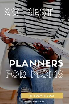 This is the best list of planners for moms! With different categories and planners to fit specific needs, it's a much check out for all moms! Best planners for moms | 2020 | 2021 | erin condren | happy planner | families | free printables | time management | homeschool mom | homeschool planner | working mom | #planners #momplanner #cassiescroggins Best Weekly Planner, Mom Planner, Happy Planner, Stay At Home Mom, Work From Home Moms, Best Planners For Moms, Day Designer Planner, Office Hacks, Mom Schedule