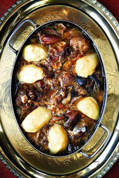 Annatjie se skaapafval Tripe Recipes, Gourmet Recipes, Diet Recipes, Recipies, South African Dishes, South African Recipes, Time To Eat, Home Food, Recipes From Heaven
