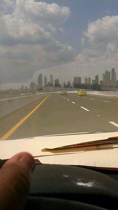 En plena vía, vista de la hermosa ciudad de Panamá