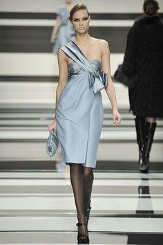 Elie Saab Fall 2008 Ready-to-Wear Fashion Show - Janeta Samp
