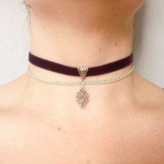 Brogran choker with red velvet ribbon and metal hardware pendant. // Pinned on @benitathediva, DIY fashion inspiration.