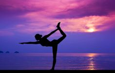 If your usual yoga routine has been feeling rather monotonous, and the beginner poses have become a piece of cake, then it's time for you to challenge yourself! Here are three new yoga poses … Yoga Routine, Yoga Fitness, Yoga Roots, Studio Pilates, Tone Thighs, Yoga Pilates, Bikram Yoga, Yoga Posen, Pranayama