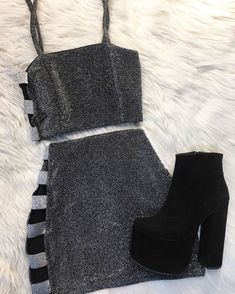 Stylish outfit idea to copy ♥ For more inspiration join our group Amazing Things ♥ You might also like these related products: - Sweaters ->. Mode Outfits, Retro Outfits, Girly Outfits, Cute Casual Outfits, Stylish Outfits, Dress Outfits, Girls Fashion Clothes, Teen Fashion Outfits, Outfits For Teens