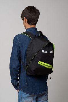 Don't worry, a GRILLZ bag always has your back. The ZIPIT Grillz backpack.