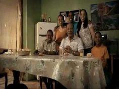 Familia San Fernando - Uniendo a las familias auténticas Un anuncio para un mercado