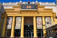 Revenge of the Mummy, one of the best indoor roller coasters. Mummy Museum, Mummy Movie, Movie Sequels, Universal Studios Florida, New Set, Revenge, Attraction, Journey, Roller Coasters