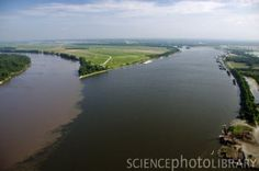 Mississippi River meets the Missouri River. Missouri River, Mississippi, Places Ive Been, Beautiful Places, Heart, Water, Outdoor, Gripe Water, Outdoors