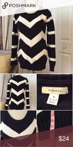 G.H Bass & Co. Black & White Chevron Sweater Beautiful!  Excellent Condition. G. H. Bass & Co. Sweaters