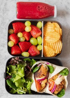 5 Easy Vegan Lunch Box Ideas for Work (Adult Bento). These Easy Vegan Lunch Box Ideas for Work will give you a ton of inspiration for meal prep! Not just for adults. Easy Vegan Lunch, Vegan Lunches, Vegan Meal Prep, Lunch Meal Prep, Lunch Snacks, Clean Eating Snacks, Healthy Eating, Healthy School Lunches, Lunch Ideas Vegan