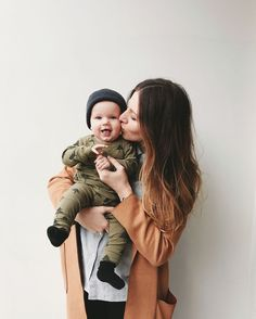 Cute Baby Boy Pictures Kiss 67 Ideas For 2020 Mother Son, Mother And Baby, Mom And Baby, Cute Baby Boy, Cute Babies, Mommy And Baby Pictures, Mother Baby Photography, Baby Shooting, Photo Summer