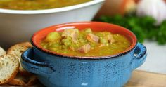 This Split Pea Soup Is Thick, Rich, Flavorful and Crock Pot Easy - Shared Crock Pot Slow Cooker, Crock Pot Cooking, Slow Cooker Recipes, Crockpot Recipes, Soup Recipes, Cooking Recipes, Crockpot Dishes, Lunch Recipes, Easy Recipes