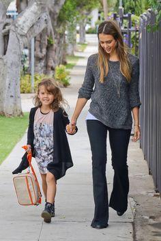 Jessica Alba. Cute comfy mom