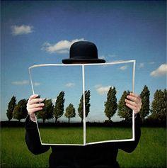 Reading camouflaged / Lectura camuflada (fotomontaje de Patrick Desmet)