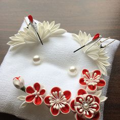 1 million+ Stunning Free Images to Use Anywhere Ribbon Art, Ribbon Crafts, Fabric Crafts, Rope Crafts, Diy And Crafts, Felt Flowers, Fabric Flowers, Baby Hair Bands, Bridal Decorations
