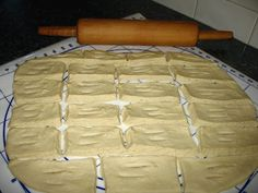 What's a Mennonite cookbook without a recipe for rollkuchen ? Rollkuchen are a tasty, deep fried pastry that are a wonderful accompaniment . Amish Recipes, Bread Recipes, Sweet Recipes, Cooking Recipes, Yummy Recipes, Pennsylvania Dutch Recipes, Food Crush, Savoury Baking, Cookies