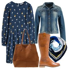 Abito autunnale blu oltremare, leggero, con tanti piccoli fenicotteri stampati in bianco ed ocra da portare con lo stivale e la borsa a mano in pelle marrone. Giubbino in jeans Sisley e foulard in tinta per completare l'outfit.