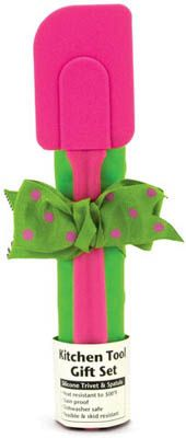 Pink and green kitchen tools set