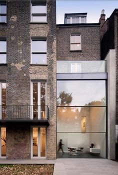 Townhouse extension, Basset Road - Paul+O Architects