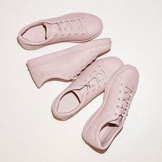 Show everyone you are not the ordinary type Get the perfect look with the perfect sneakers