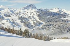 Nassfeld: Skiing in Austria! Our hotel is located right next to the ski slopes.