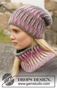 """Knitted DROPS hat and neck warmer with English rib in two colors in """"Big Delight"""". ~ DROPS Design Design neck warmer Phoenix / DROPS - Free knitting patterns by DROPS Design Bonnet Crochet, Knit Or Crochet, Crochet Scarves, Crochet Hats, Hand Crochet, Crochet Ideas, Loom Knitting, Knitting Patterns Free, Knit Patterns"""