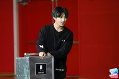 Run bts 101 ep. Jungkook Hot, Jungkook Oppa, Kim Namjoon, Kim Taehyung, Yoongi, Bts Bangtan Boy, Busan, Seokjin, Hoseok