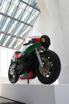 Moto Guzzi Racer | Le Mans IV