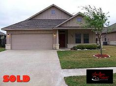 1596 Woodbine Ct, Bryan, TX 77802 | SOLD with Andrea in May 2013 as a Buyer's agent at Cortiers Real Estate. List Price: $149,900
