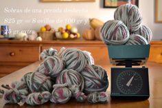 Calcular cuánto pesan las sobras de tus ovillos puede ser el comienzo de un nuevo proyecto. Ideas para tejer con ellos hoy en el blog de Pearl Knitter.