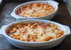 cheesy baked tortellini & homemade marinara sauce- giada de laurentiis