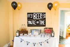 cheers to 40 years birthday decor Beer Birthday Party, Surprise 30th Birthday, Thirty Birthday, 30th Party, 30th Birthday Parties, Birthday Celebration, 65 Birthday, Birthday Crafts, Birthday Quotes