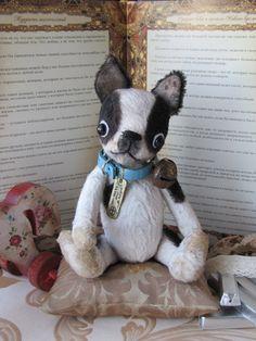 Antique puppy buldog    8 -inches
