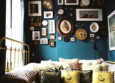 Love love love that wall color.