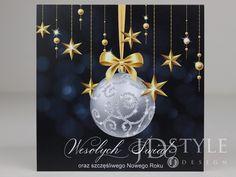 Śliczne kartki na Święta Bożego Narodzenia dla firm, z życzeniami dla klientów, kontrahentów, pracowników. Christmas Bulbs, Celestial, Holiday Decor, Design, Home Decor, Decoration Home, Christmas Light Bulbs, Room Decor