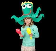 CHISTERA PULPO Sombrero de gomaespuma para los más pequeños, y por qué no para los más mayores, con forma de pulpo.