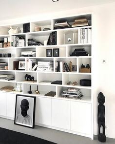Bookshelf Design, Bookshelves Built In, Home Library Design, House Design, Kirkland Home Decor, Muebles Living, Japanese Interior, Tv Decor, Home Decor Styles