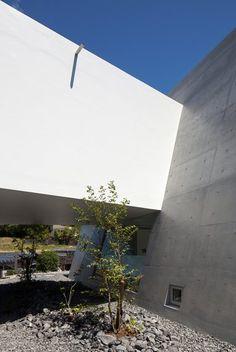 Scope - Shizuoka, Japan - 2012 - mA-style Architects #architecture #japan #house