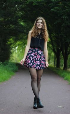 Flower skirt and Invito ankle boots by Janine